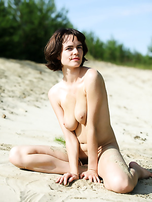 avErotica  Rimma  Beach, Amateur, Erotic, Hairy, Bath, Shower, Teens, Solo