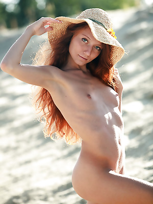 avErotica  Kesy  Amateur, Red Heads, Solo, Tits, Boobs, Breasts, Erotic, Funny, Teens, Petite